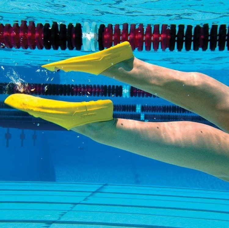 Finis Zoomer Z2 Gold - multifunctional training fins